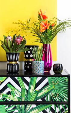 A rich carnival of colour, the Arcade trend is A by Amara's boldest look so far and is set to light up interiors for SS18. An eye-catching blend of vibrant tropical hues and daring patterns, it has an electric vibe which can be carried across to any room in the home from bedrooms to bathrooms and everything in between.
