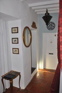 Vorzimmer Mirror, Furniture, Home Decor, Rural House, Nice Asses, Homemade Home Decor, Mirrors, Home Furnishings, Decoration Home