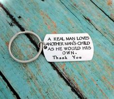 ❤ Please scroll through all the pictures for instructions on how to customize your order ❤ Perfect gift for the Step Dad's! This listing includes a brushed aluminum dog t. Diy Father's Day Gifts For Stepdad, Best Dad Gifts, Fathers Day Presents, Fathers Day Crafts, Gifts For Father, Mother Day Gifts, Christmas Gifts For Men, Etsy Christmas, Father's Day Diy