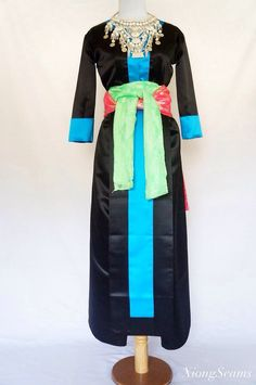 Hmong Clothes Hmong Clothing, Traditional Clothes, My Heritage, Asian Fashion, Beautiful Dresses, Kimono Top, Culture, Inspired, Inspiration