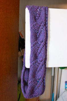 Free pattern on Ravelry - Vite Cowl by Kristi Johnson-bulky cowl/infinity scarf