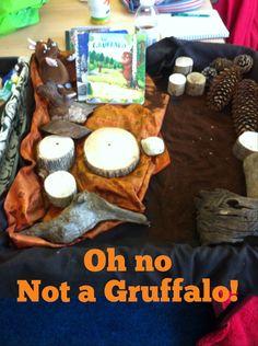 Gruffalo small sensory world retelling story Gruffalo Eyfs, The Gruffalo, Communication And Language Eyfs, Room On The Broom, Story Sack, Foundation Stage, Book Corners, 21st Century Skills, Paws And Claws