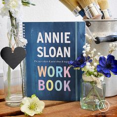"Annie Sloan™ ""Work Book"" at Atelier Autêntico"