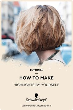 With Highlights you bring the sun into your hair. Learn how you can easily do highlights by yourself in our step-by-step guide. At Home Highlights, Blonde Highlights, Hair Tutorials, Step Guide, Master Class, Natural Light, Your Hair, Curls, Hair Color
