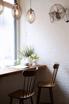 A small corner at Maman Cafe in NY, that would work for a small corner at home. Cafe Interior Design, Decor, Shabby Chic Restaurant, Chic Kitchen, Cafe Interior, Interior Design, Home Decor, House Interior, Shabby Chic Kitchen