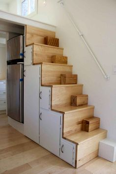 There is a lot of people saying that having tiny house ideas is not good solutions. However, before you start complaining, you might want to see loft stair ideas. The picture above is an example that having a tiny house… Continue Reading → Loft Stairs, House Stairs, Garage Stairs, Little Cabin, Little Houses, Tyni House, Custom Bunk Beds, Casa Loft, Artwork For Home