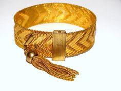 "Gold Tone Vintage Bracelet  8""  x  0.70"