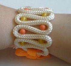 Interesting idea  #handmade #jewelry #bracelet #beading