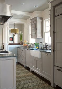 1000 Images About Small Kitchens On Pinterest Bungalow Kitchen Craftsman Style Kitchens And