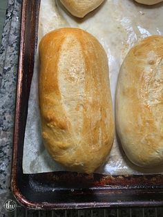 The BEST soft and chewy bread roll for hoagies/submarine/grinders. Pillowy soft rolls that are begging to be filled with deliciousness! Sandwich Buns Recipe, Homemade Sandwich, Sandwich Bread Recipes, Sub Buns Recipe, Homemade Breads, Italian Bread Recipes, Italian Hoagie Rolls Recipe, Italian Sub Roll Recipe, Italian Rolls