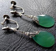 vintage art deco SILVER green chalcedony marcasite dangle drop earrings -D338