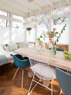 vtwonen Verbouwen of Verhuizen - aflevering 3 Decor, Furniture, Dining, Eames Chair, Dining Table, Table, Chair, Home Decor, Dining Chairs