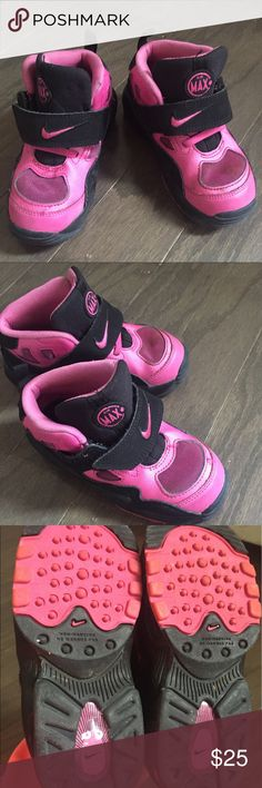 Kids Nike Air Max Sneakers Pink and black adorable kids Nike sneakers. Used, however, still in good condition! Very cute, stylish, and comfortable! Perfect for playing around in! Nike Shoes Sneakers
