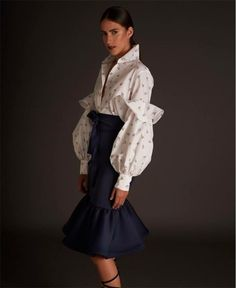 Discover ideas about fashion silhouette Elegant Outfit, Classy Dress, Classy Outfits, Race Wear, Haute Couture Style, Fashion Silhouette, Fashion Details, Fashion Design, Beautiful Blouses