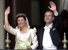 Princess Martha Louise of Norway and Ari Behn took the decision of divorce and that decision was announced to the public by a statement…