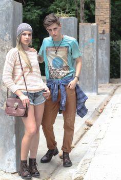 TRICOT MARIA FILÓ / TOUCA CALVIN KLEIN / SHORTS JEANS ELLUS / BOLSA CARMIM / COTURNO ELLUS  CAMISETA AZUL CAVALERA / CALÇA CARAMELO CAVALERA / CAMISA XADREZ JOHN JOHN / COTURNO ELLUS  #winter #fashion #moda #ellus #cavalera #calvinklein #carmim #camiseta #multmix #inverno2014