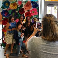 Photo sesh! #design39campus teachers pose at the Hawaiian themed volunteer appreciation event. #powayunified #delsur #4sranch #we❤️volunteers #sandiegoconnection #sdlocals #4sranchlocals - posted by Poway Unified https://www.instagram.com/powayunified. See more post on 4s Ranch San Diego at http://4sranchlocals.com