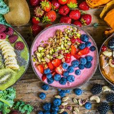 Smoothie Bowls – 3 gesunde Rezepte Smoothie Bowls – 3 healthy recipes Smoothiebowls recipe vegan, healthy breakfast, snack, with. Fruit Smoothies, Healthy Smoothies, Healthy Snacks, Healthy Recipes, Smoothie Bowls Vegan, Breakfast Bowls, Snack Bowls, Clean Eating Snacks, Food And Drink