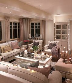 Wish you amazing evening and good night . - Design Cointrend News Sitting Room Decor, Living Room Decor Cozy, Shabby Chic Living Room, Elegant Living Room, Rooms Home Decor, Formal Living Rooms, Home Living Room, Apartment Living, Living Room Designs