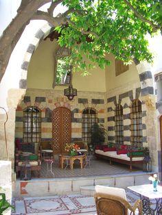 Beit Al Mamlouka Courtyard
