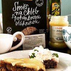 Leniwa niedziela ze świeżo wypieczonym bezglutenowym chlebkiem to coś co tygrysy lubią najbardziej. Użyliśmy mieszanki chlebowej z bio-market.pl cała operacja zajęła nam godzinkę efekt - śniadaniowe pyszności. #poznan #instadaily #biomarket #biomarketpoznan #healthyfood #healthy #healthyhabits #love #amaizing #breakfast #bread #bread #glutenfree #winogrady #buckweat #followme #sundayfunday #brekfast #picoftheday #nominal #yummy #yummyfood #best #sunday #ever