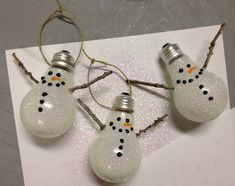 Snowman Lightbulb Ornament Tutorial
