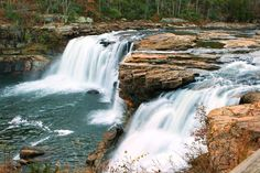 Ft. Payne, Alabama- Little River Canyon/Desoto State Park. I'd like to hike to this!!
