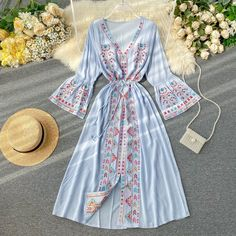 Stylish Dresses For Girls, Stylish Dress Designs, Cute Dresses, Indian Fashion Dresses, Girls Fashion Clothes, Fashion Outfits, Cute Casual Outfits, Pretty Outfits, Look Fashion