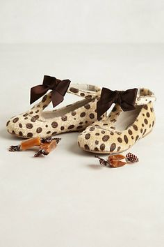 Drawing inspiration from vintage designs and incorporating feminine finishing touches and quality materials like supple Italian leather, Joyfolie crafts go-to pairs that blend the pretty with the practical. Now, they've added a few soon-to-be-favorites to their line for the petite fashionista on your list, like this leopard-spotted pair.