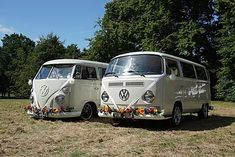 Planning a wedding in Basildon? Why not go for an unusual wedding car, and hire our VW wedding camper. Wedding Vans, Wedding Car Hire, Wedding Company, Car Cost, Campervan Hire, White Vans, Vw Camper, Retro Cars, Surrey