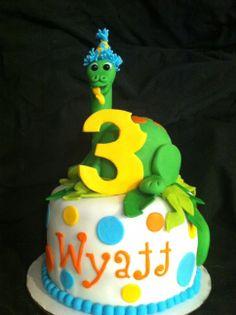 Wyatt's Dinosaur Cake - Dino is RKT covered in fondant.