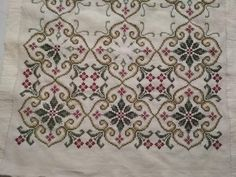 This Pin was discovered by Dil Stitches Wow, Hand Embroidery Stitches, Beaded Embroidery, Cross Stitch Embroidery, Embroidery Patterns, Counted Cross Stitch Patterns, Cross Stitch Charts, Cross Stitch Designs, Palestinian Embroidery