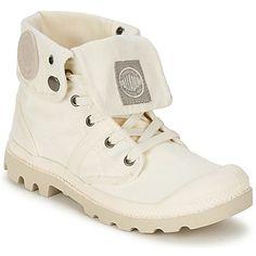 Authentiques, fonctionnelles et durables, ces boots en toile incarnent à merveille l'esprit baroudeur de Palladium. Leur tige peut se porter de deux façons : soit haute, soit retroussée. A vous d'en adapter le style selon vos tenues ! - Couleur : Crème - Chaussures Femme 78,99 €