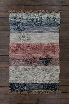 Shaggy Wool Hand-Woven Rug in Natural and Red