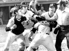 1973: Carlton Fisk and Thurmon Munson brawl at home plate.