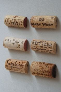 Diy Crafts Ideas : Wine Cork Magnets; possibly a new thing to collect? #winecorkcrafts
