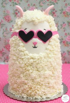 the unicorn cake. You really need this Llama cake instead Forget the unicorn cake. You really need this Llama cake instead , Forget the unicorn cake. You really need this Llama cake instead , Crazy Cakes, Fancy Cakes, Crazy Birthday Cakes, Pink Cakes, Birthday Cupcakes, Unicorne Cake, Cake Art, Eat Cake, Cupcake Cakes