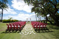 Bright Pink + Lime Wedding in Hawaii | Images by Rachel Robertson Photography | Via Modernly Wed