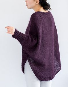Ravelry: Veronika pattern by Julie Weisenberger