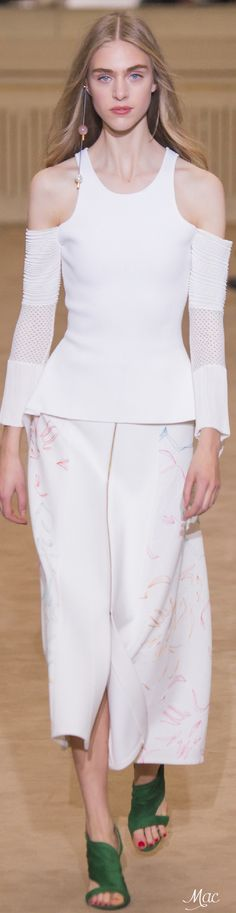 Spring 2016 Ready-to-Wear Roland Mouret