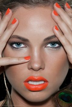 make-up, nails, nail polish, orange, lips All Things Beauty, Beauty Make Up, Hair Beauty, Kiss Makeup, Eye Makeup, Hair Makeup, Orange Lipstick, Orange Nails, Coral Lips