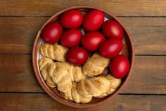 [Shutterstock] About Easter, Throw A Party, Fruit, Vegetables, Recipes, Sweet Dreams, Food, Vegetable Recipes, Eten