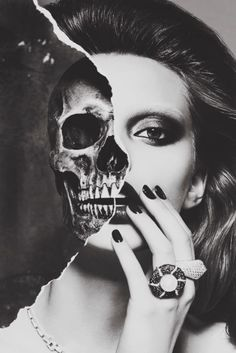 The other side of me. Black and white picture, smokey eyes look