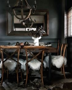 ~ Living a Beautiful Life ~ Dark Interiors, Beautiful Interiors, Home Interior Design, Interior Decorating, Dining Room Inspiration, Dining Room Design, Decoration, Ikea, Sweet Home