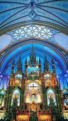 Norte Dame Basilica, Quebec, Canada