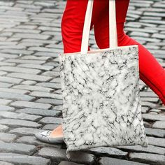 """My """"Marble"""" artwork on a tote bag made it to the front page of @kessinhouse ! Thanks to them!   Find more at :  http://www.kessinhouse.com/pages/will-wild  #willwild #kessinhouse #promo #artist #marble #design #graphic #totebag #graphicartist #designlife"""