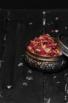 Greek halva made with sesame and tahini is flavoured with rose and pistachio. Halva Recipe, Indian Sweets, Tahini, Pistachio, Recipies, Sweet Treats, Vegan Recipes, Vegetarian, Kitchens