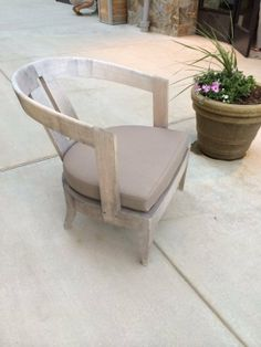Help Identifying Outdoor Furniture that I Spotted on Vacation? — Good Questions