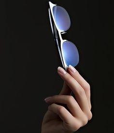 iHuman, la réponse technologique aux besoins spécifiques des porteurs de #lunettes > http://bit.ly/1wWr8np #opticien