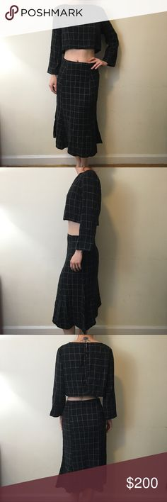 Reformation Grey Grid Print Crop Top Skirt Set Reformation Skirt Set professional sexy and rare! A Fluted Midi Skirt with a cropped top and is super soft vintage fabric! Like new no flaws! Reformation Skirts Skirt Sets